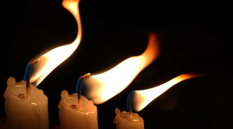 The Truth About toxic Paraffin Wax Candles