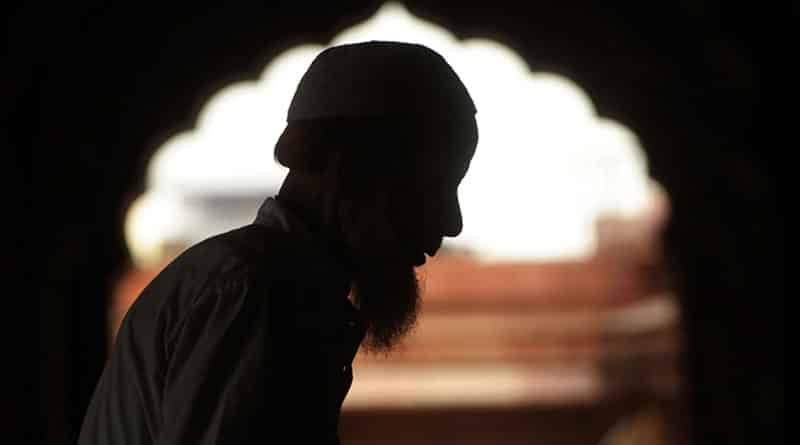 Cleric Finds Himself In A Spot, Wife Threatens Suicide If He Doesn't Shave His Beard!