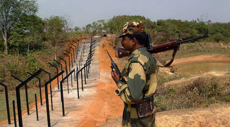 Police-milltant clash in Bangladesh, high alert in border at Malda