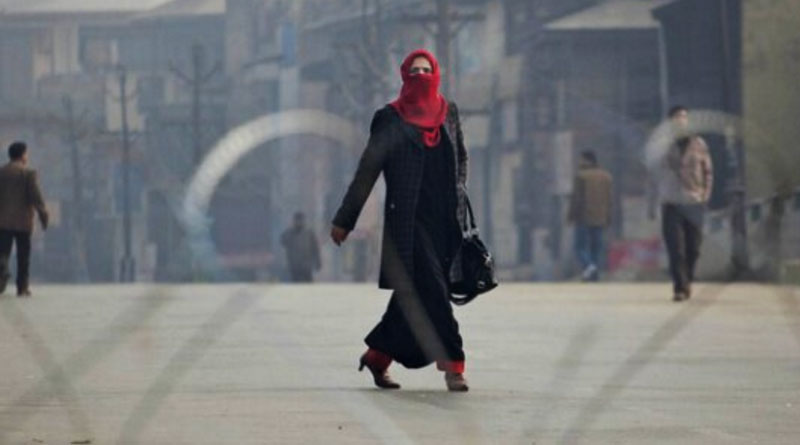 Even A Curfew In Srinagar Can't Stop This Super Nurse Who Walks 40 Kms To Save Lives