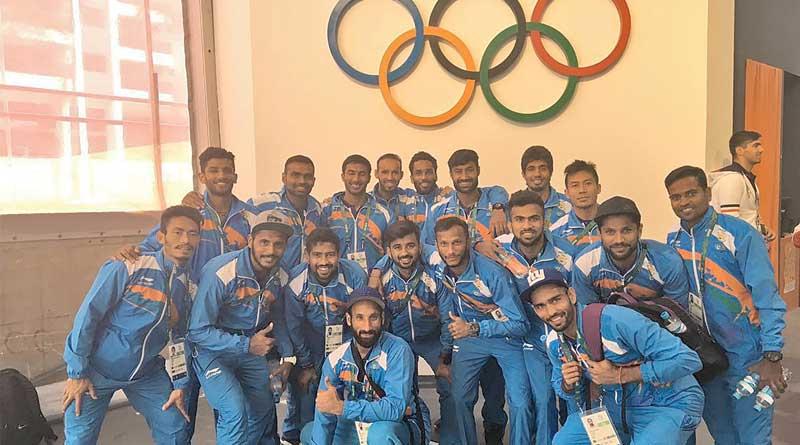 India-hockey-team_wb