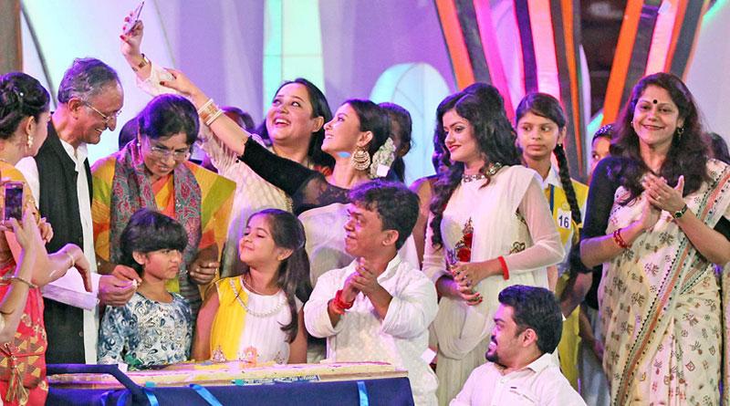 West Bengal government celebrates 'Kanyashree Divas'