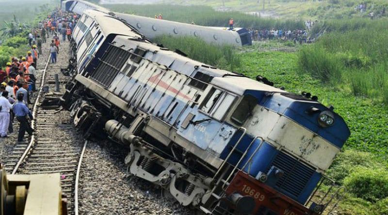 12 coaches of Thiruvananthapuram-Mangalore express train derail in Kerala