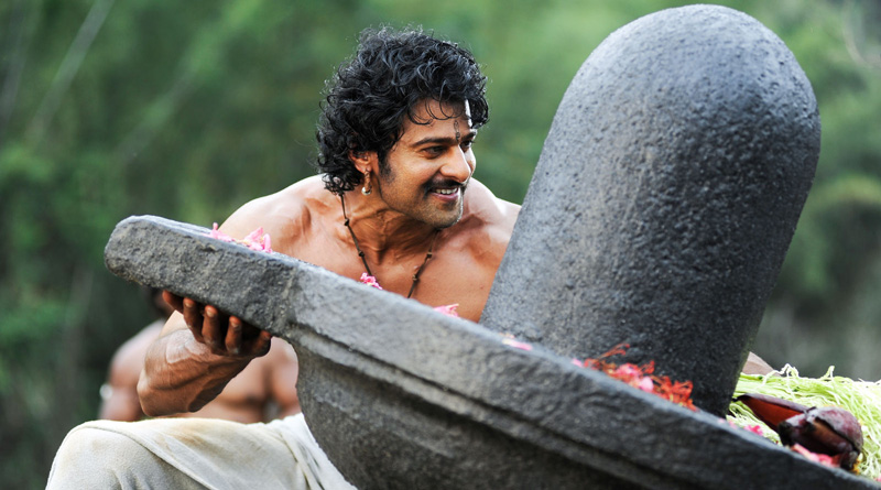 Unbelievable! Prabhas Giving 16 Hours A Day For Maintaining His Baahubali Body