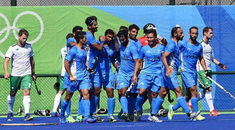 indian hockey team won in the first match, leander lost