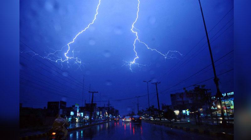 One dead, 6 injured as rain and storm hits Kolkata