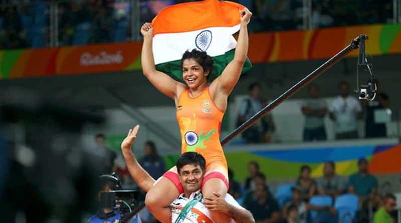 Wrestler Sakshi Malik wins India's first medal in Rio Olympics