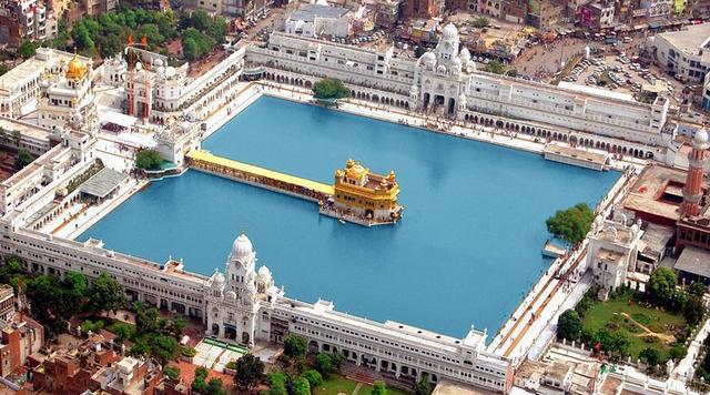 Golden-Temple-Top-View