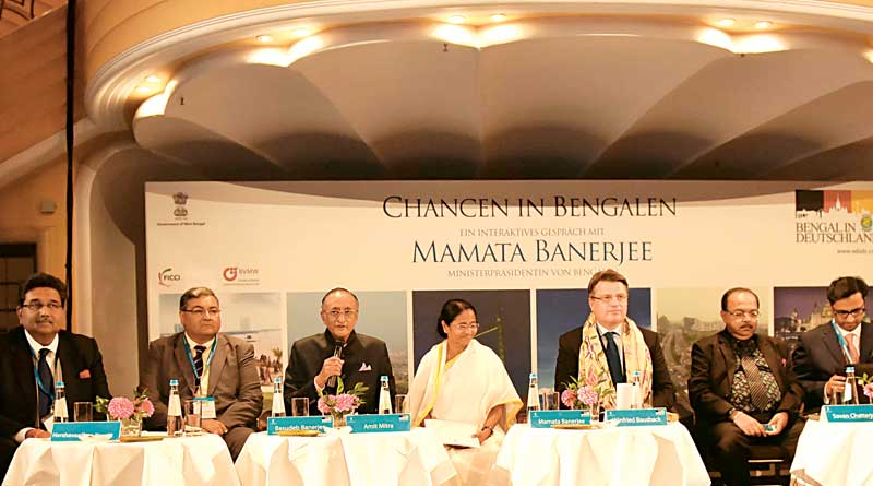 Mamata invites Tata to Bengal
