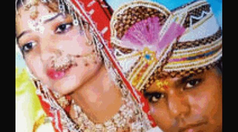 UP Woman burns her face after her Husband Taunts Her