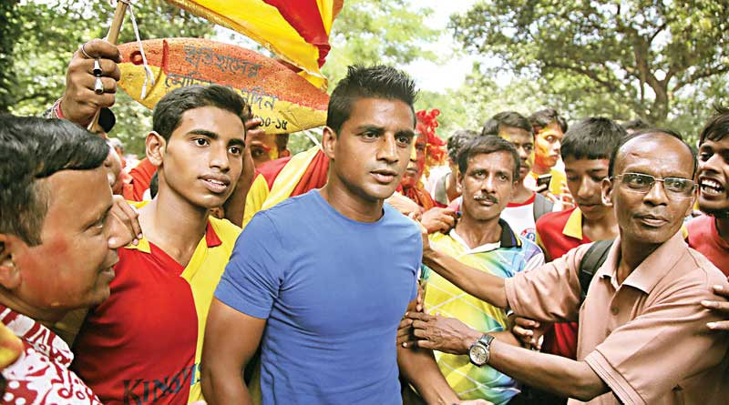 East Bengal supporters are celebrating with CFL Champion team