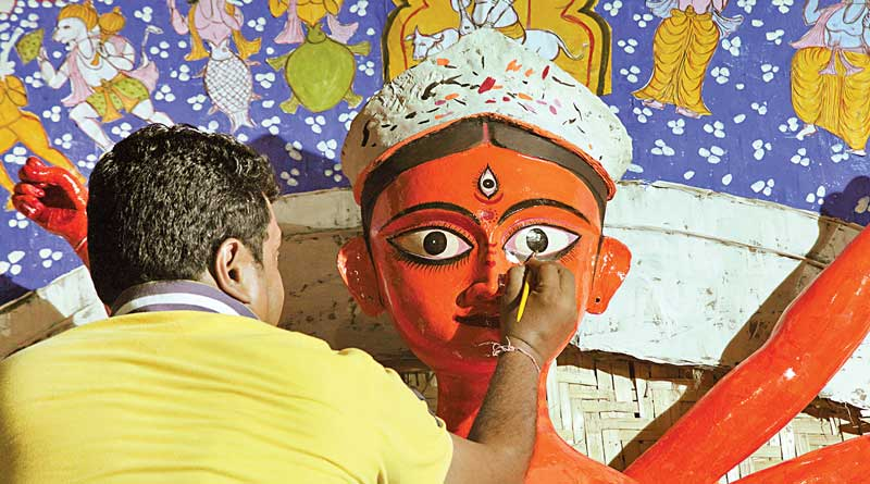 Tradition Has Gone, Durga Puja Is Celebrated Without Red Area's Soil