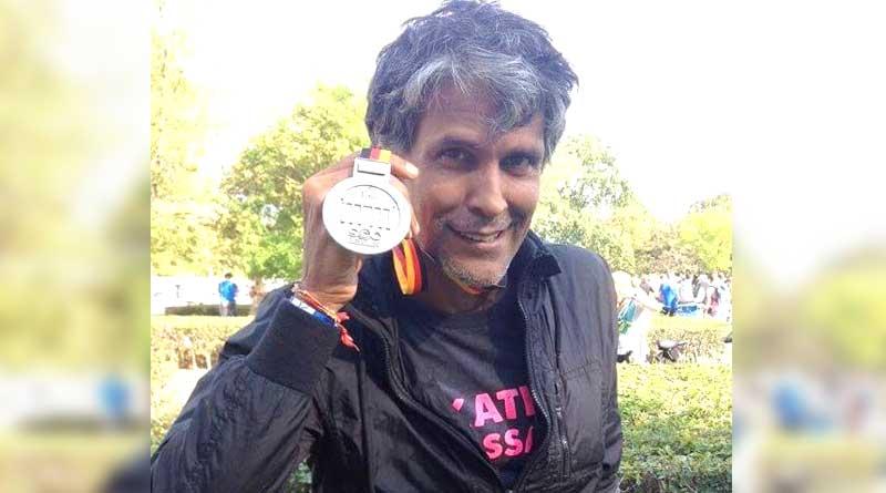 Milind Somanwon medal in Berlin Marathon