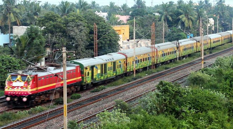 Railways introduce flexi fare system in Rajdhani, Duronto and Shatabdi trains