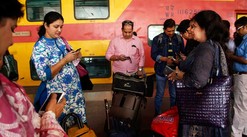100 Stations across India will have High Speed WiFi by December