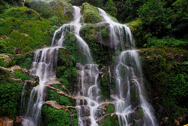 bakthang-waterfalls