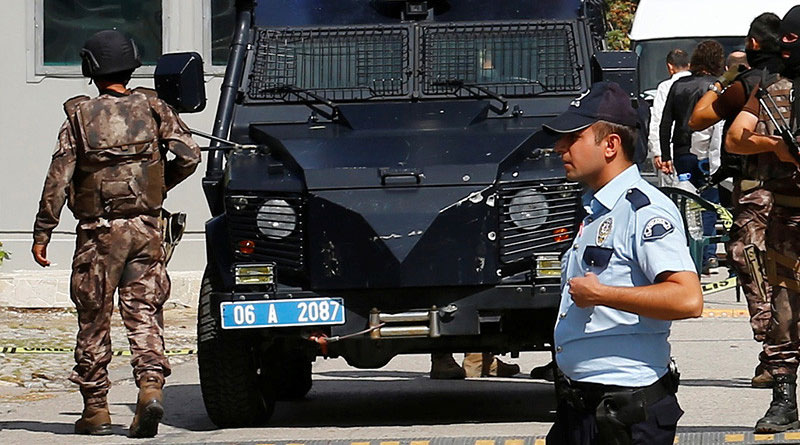 Two suicide bombers blow themselves up in Turkish capital