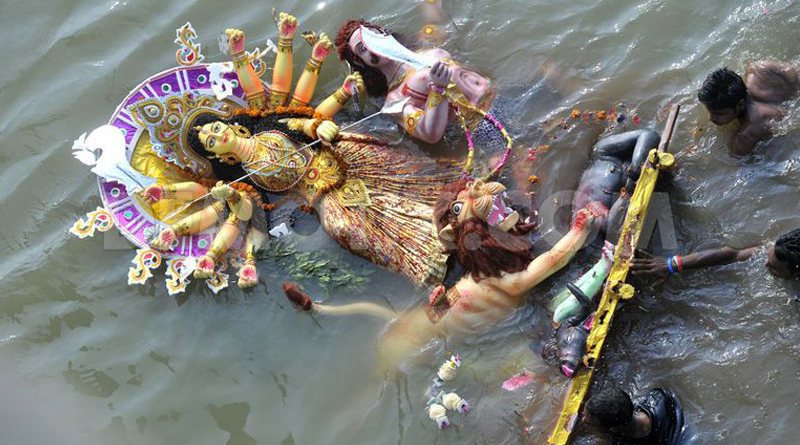 Division Bench of the-high-court-dismissed-the-petition-of-kolkata-police-on-Idol immersion