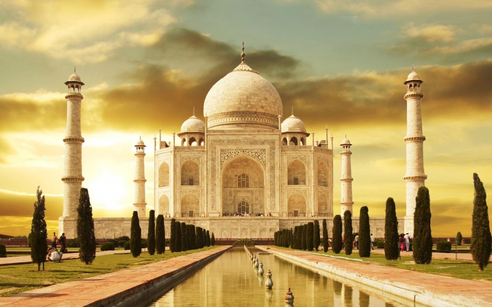 Taj Mahal not a temple but a tomb, ASI tells court