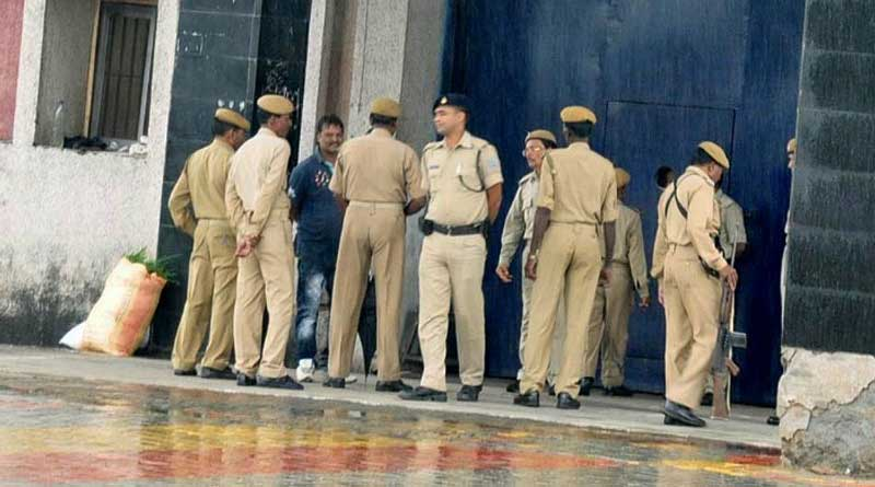 Jharkhand youth died in Police Custody, was arrested for WhatsApp message on Beef