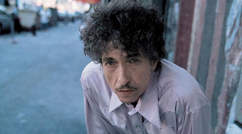 Bob Dylan Wins 2016 Nobel Prize For Literature, Causes Mass Social Media Rift
