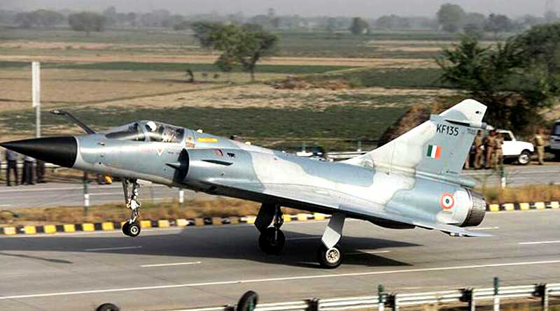 Central is planning to land fighter planes on national roads