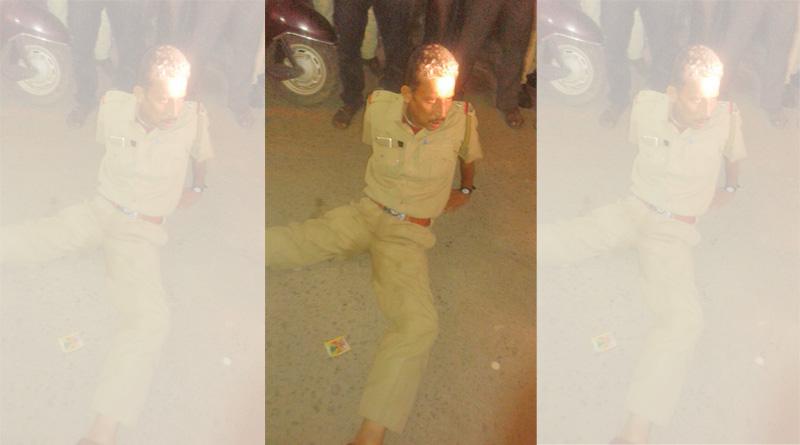 Drunk Purulia Policeman In Viral Video, Investigation Demanded