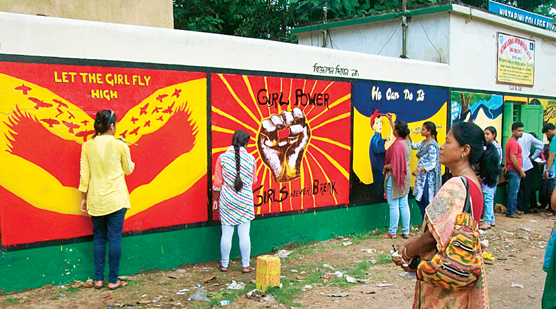 Nistarini Women's College Purulia Painted Outer Walls To Spread Woman's Power