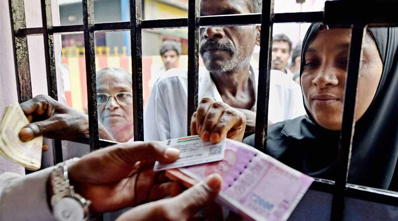No proposal to stop exchange of old Rs 500, 1000 notes