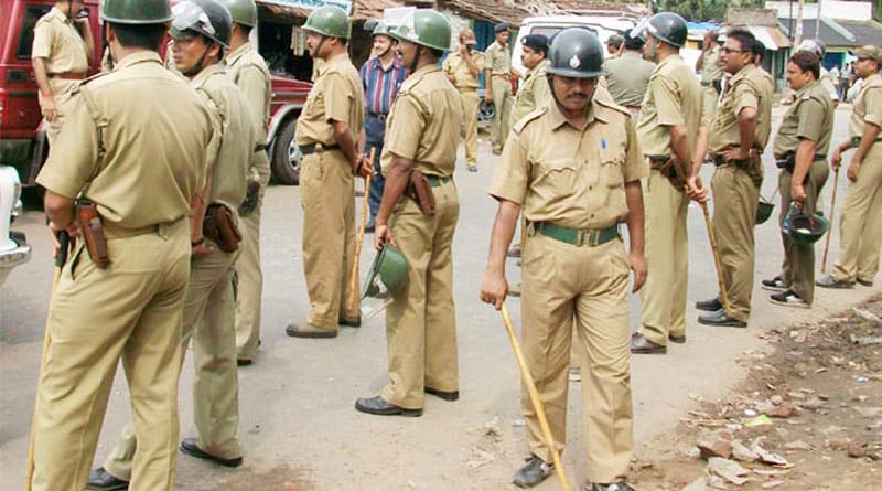 Police attacked by Anti-socials in Cochbehar, 5 cop injured