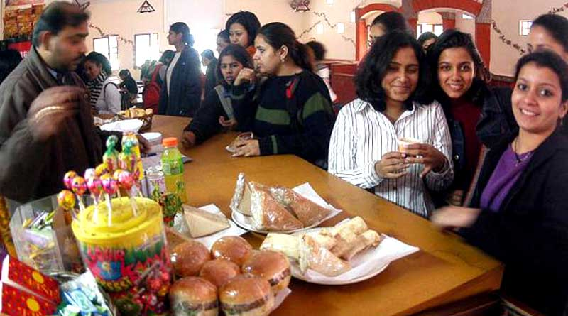 Junk foods cannot be sold at School and College premises
