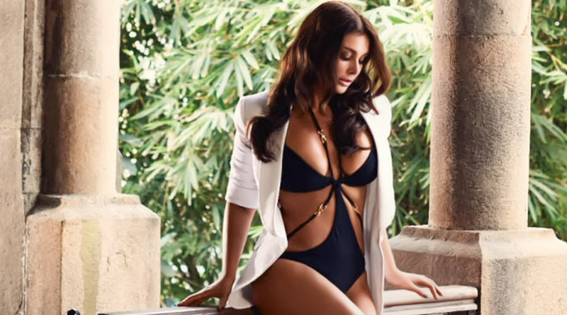 Lisa Ray Is Looking Sexier Than Ever In Her New Photoshoot