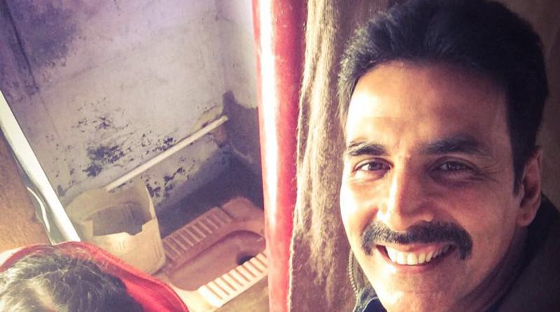 Akshay Kumar Kickstarts 'Toilet - Ek Prem Katha' Shoot With Bhumi Pednekar