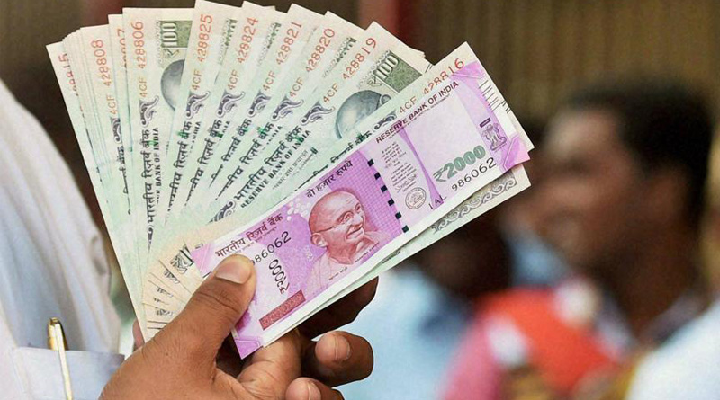 Cash Withdrawal of Rs. 50,000 and above from banks should be taxed