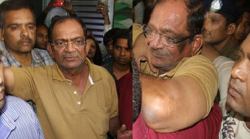 Gujrat Businessman declares that black money belongs to politicians