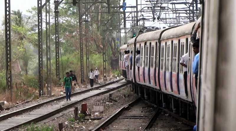 Husband pushes pregnant wife from running train in Malda