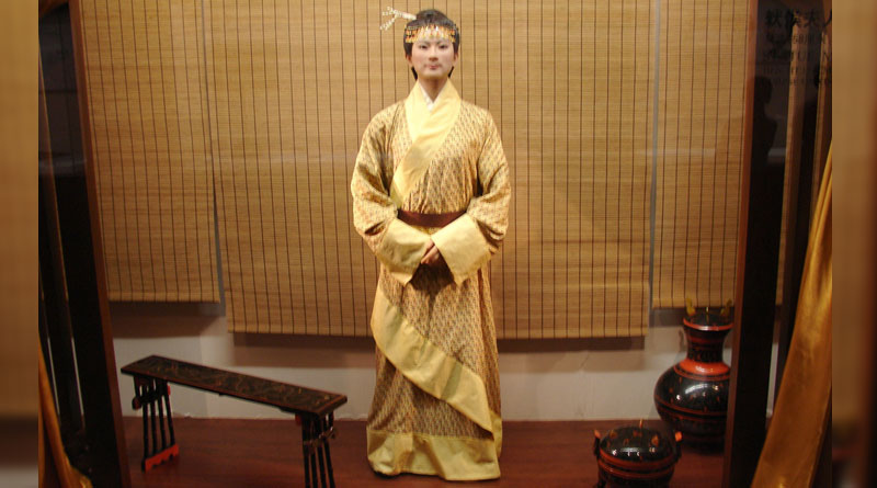 The 2,000-year-old preserved body of the Lady of Dai still has her own hair and soft skin
