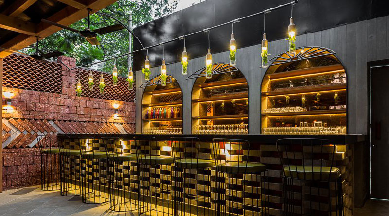 This Mumbai Bar Is Selling Beer For Rs 2 And Black Label For Rs 49