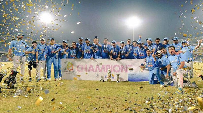 Coach of Junior Team India Rahul Dravid poses with his champions