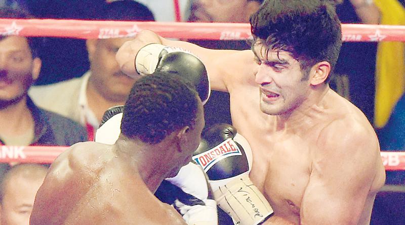 Vijender Singh knocks out Francis Cheka