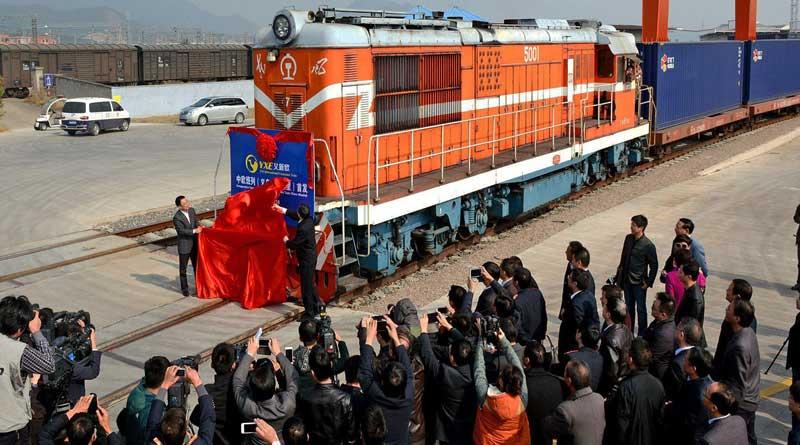 China England freight corridor starts operation