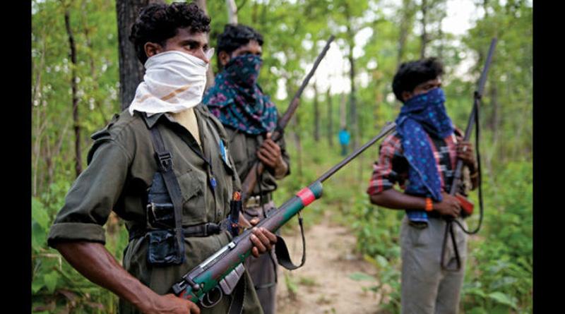 More than 30 naxals attacked Doikallu Rly Station in Odisha