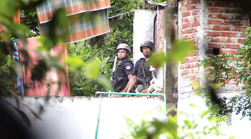 Terror module running in Dhaka school, bust