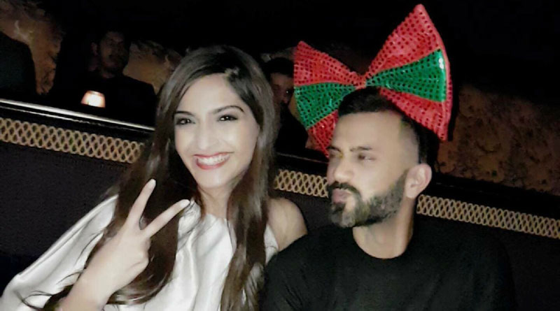 Sonam Kapoor And Boyfriend Anand Ahuja Having A War In Instagram