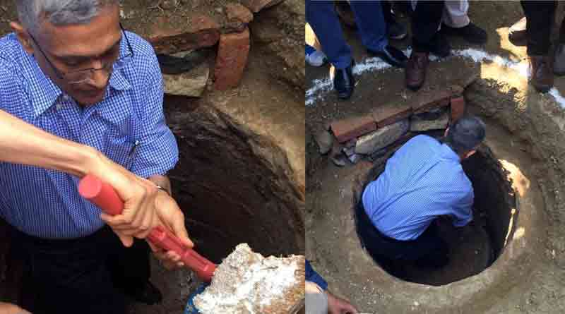 IAS officer sets precedence, cleans toilet pit with bare hands