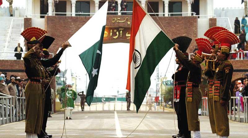 India-Pak-Gesture
