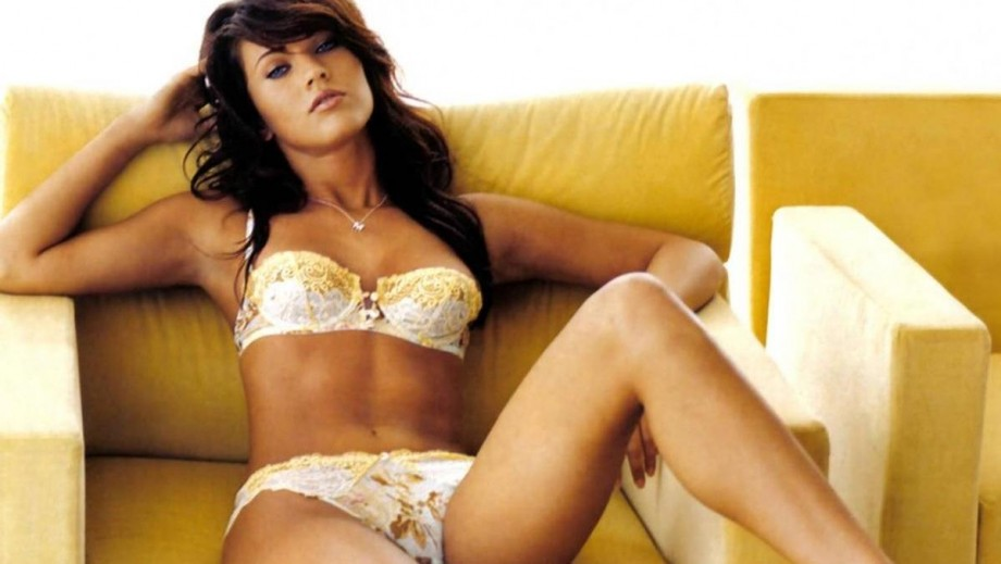 Megan-Fox-body-is-better-than-ever-following-post-pregnancy-weight-loss-288203312