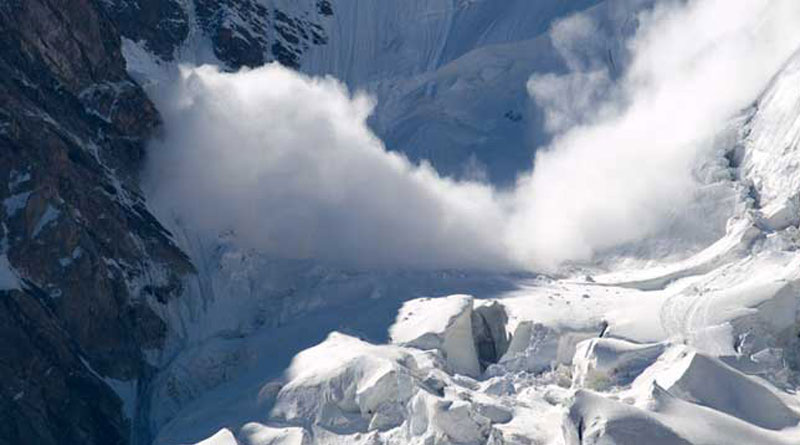 A Kashmir Soldier Treks With Mother's BodyThrough Avalanche Danger Zone