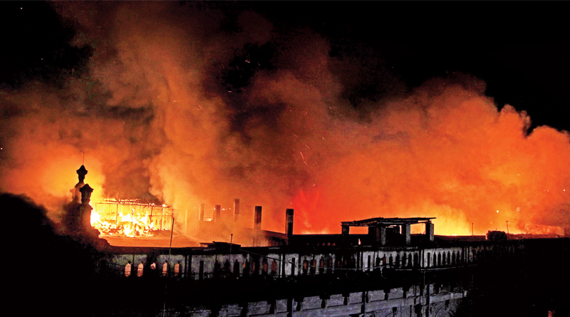 Barabazar Fire may Cause Traffic jam in City