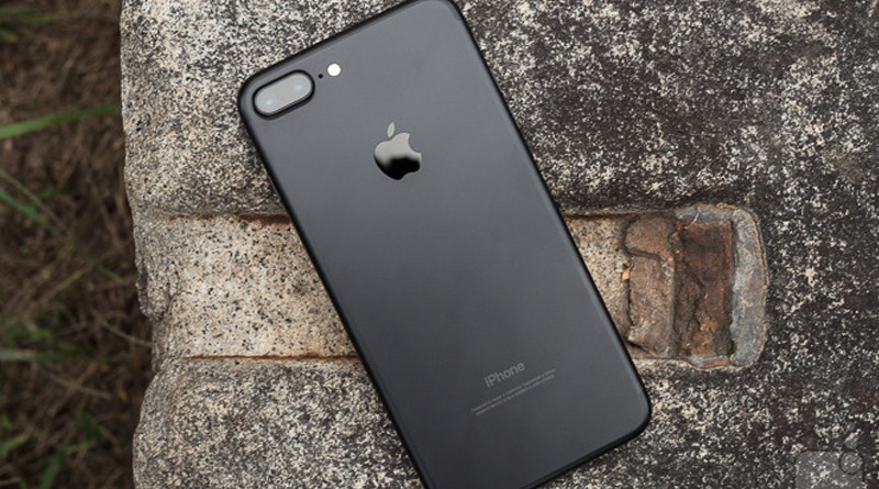iPhone 7 Plus explosion video goes viral on social media